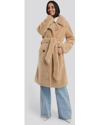 NA-KD Belted Long Teddy Coat - Natur