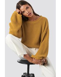 NA-KD Cropped Boat Neck Knitted Sweater - Gelb