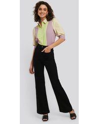 NA-KD Flare Jeans - Zwart