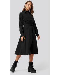 NA-KD Tied Waist Shirt Dress - Zwart