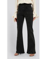 NA-KD High Waist Front Seam Flare Jeans - Grijs