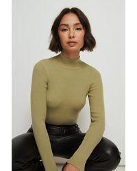NA-KD Buonalima X Rib Gebreide Sweater Met Turtelneck - Groen