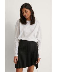 NA-KD Wrap Pleated Mini Skirt - Noir
