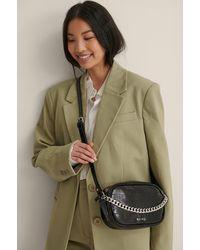 NA-KD Accessories Croc-Tasche Mit Kettendetail - Schwarz