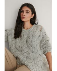 NA-KD Wool Blend Round Neck Heavy Knitted Cable Sweater - Grijs