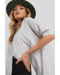 NA-KD Oversized Long Striped Shirt - Grijs