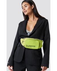 NA-KD The Classy Fanny Pack - Geel