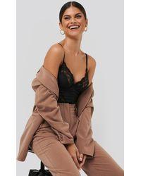 NA-KD Lace Detail Bodysuit - Zwart