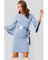 NA-KD Belted Flute Sleeve Bodycon Dress - Blauw