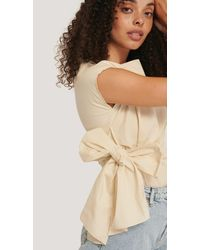NA-KD Beige Sleeveless Tie Front Top - Natural