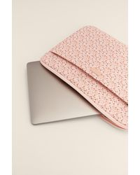 NA-KD Accessories Laptophoes Met Print - Roze