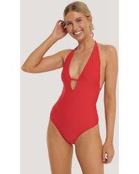 NA-KD Deep V-cut Swimsuit - Rood