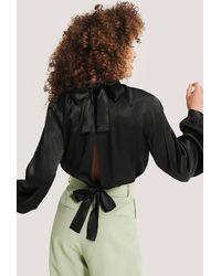 NA-KD - Black Tie Back Blouse - Lyst