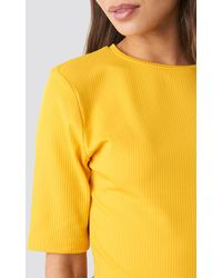 NA-KD Ribbed Cropped Top - Geel