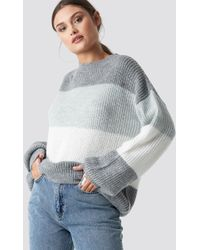 NA-KD Color Striped Balloon Sleeve Knitted Sweater - Grau