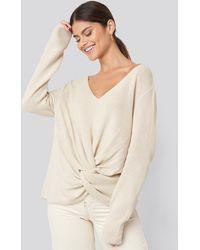 NA-KD Twist Front Sweater - Naturel