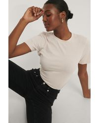 NA-KD Tee-Shirt Basique - Neutre