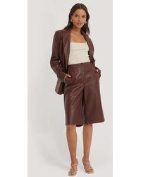 NA-KD Trend Lange Pu-Bermuda-Shorts - Braun