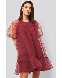 NA-KD Dobby Organza Mini Dress - Rouge