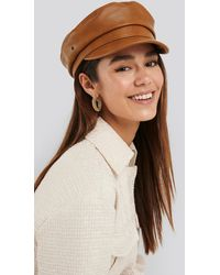 NA-KD Faux Leather Captain Cap - Bruin