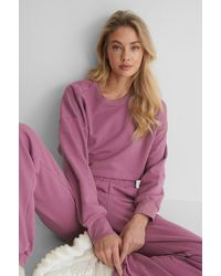 NA-KD Organisch Cropped Sweater - Paars