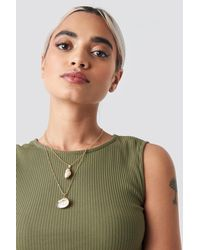 NA-KD Gold Double Shell Necklace - Metallic