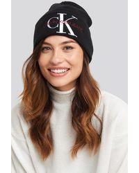 Calvin Klein J Basic Women Knitted Beanie Hat - Schwarz