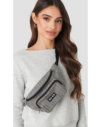 NA-KD Checked Fanny Pack - Noir