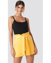 NA-KD - Highwaisted Paperbag Suit Shorts - Lyst