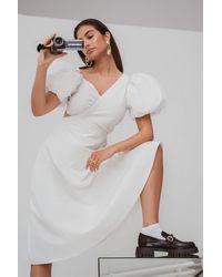 NA-KD Trend Asymmetrisches Midi-Kleid - Weiß