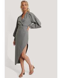 NA-KD Classic Maxi Tailored Asymmetric Skirt - Grau