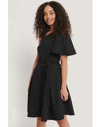 Trendyol Einärmeliges Kleid - Schwarz