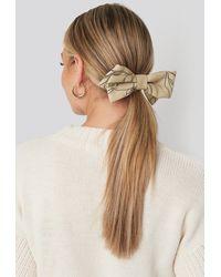NA-KD Floral Lines Hair Clip - Naturel