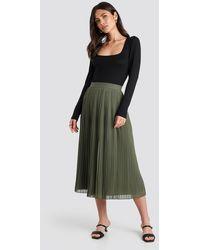 NA-KD Pleated Long Skirt - Grün