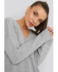 NA-KD Oversized V-Neck Jumper - Grau
