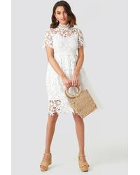 NA-KD Boho High Neck Short Sleeve Lace Dress - Weiß
