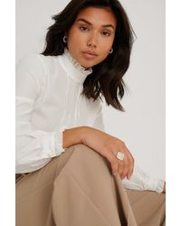 Trendyol White Stand-up Collar Blouse