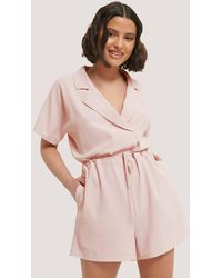 NA-KD Playsuit Taillenknotung - Pink