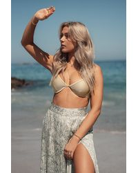 NA-KD Erica Kvam x Bikini-Oberteil - Mehrfarbig