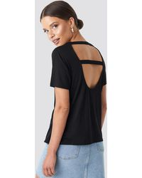 NA-KD Open Back T-shirt - Zwart