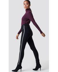 NA-KD Skinny High Waist Side Stripe Jeans - Zwart