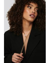 NA-KD Drop Chain Pearl Detail Necklace - Metallic