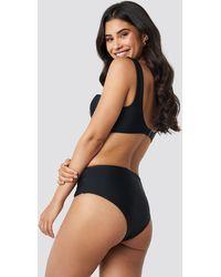 NA-KD Highwaisted Front Seam Detail Bikini Pantie - Zwart