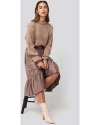 NA-KD Belted Satin Skirt - Bruin