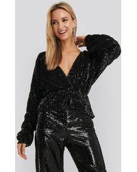 NA-KD Party Balloon Sleeve V-neck Sequin Blouse - Zwart