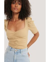 NA-KD Puff Sleeve Ruched Top - Naturel