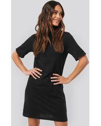 NA-KD Polo Neck T-shirt Dress - Zwart