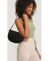 NA-KD Half Moon Saddle Flap Shoulder Bag - Zwart