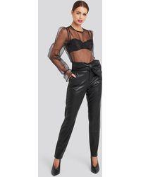 NA-KD Bow Detail Faux Leather Pants - Zwart
