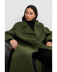 NA-KD Trend Langer Hochgeschlossener Mantel Mit Gürtel - Grün